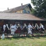 Niti_tradicije-2